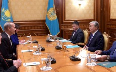 Kassym-Jomart Tokayev received Michael Wirth, Chairman of the Board and Chief Executive Officer of Chevron Corporation